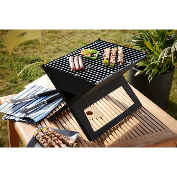 le barbecue notegrill un barbecue nomade charbon de bois. Black Bedroom Furniture Sets. Home Design Ideas