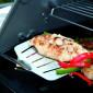 Spatule Weber Premium noire en inox pour poisson