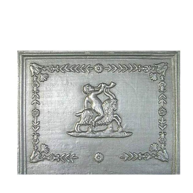 Plaque fonte cheminée décorée Le belier 68 x 52 cm