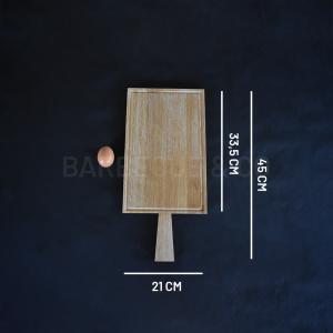 Planche à découper avec rigole en chêne 33,5 x 21cm