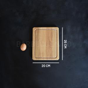 Planche à découper avec rigole en chêne 25 x 20 cm