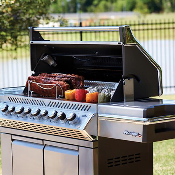 Barbecues et accessoires Napoléon
